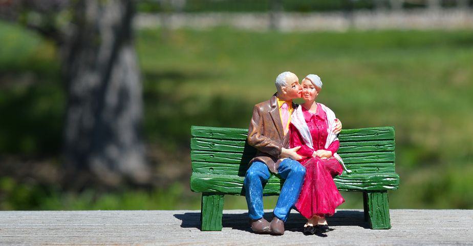 old-couple-2313286__480.jpg