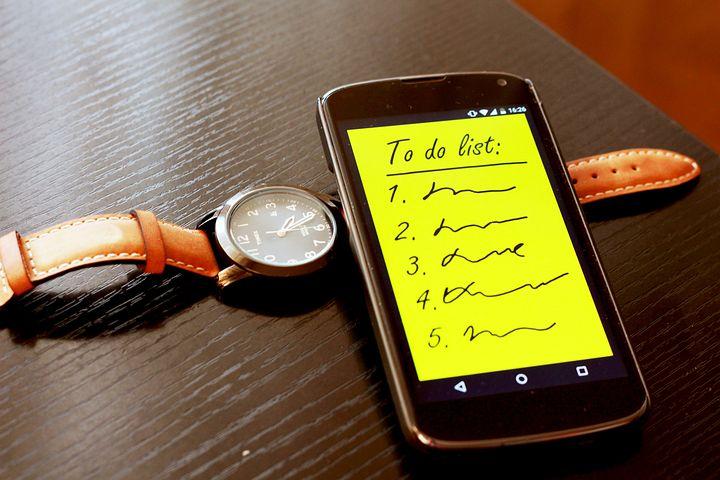 smartphone-570507__480.jpg