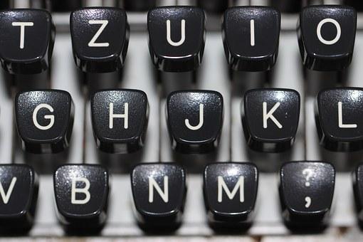typewriter-1227357__340.jpg